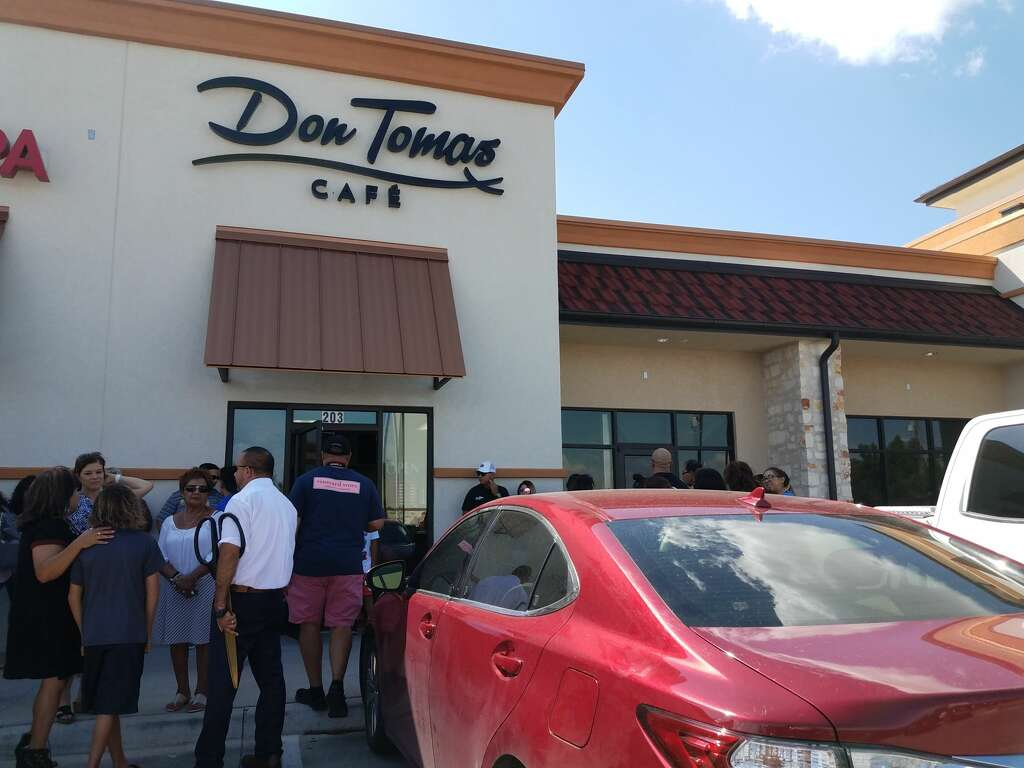small bites: don tomas cafe grand opening, fourth rosa's to open