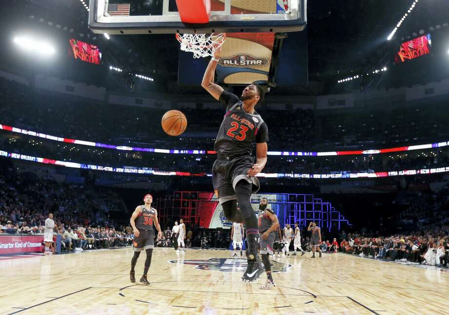 Anthony Davis of the New Orleans Pelicans dunks during the first half Sunday. Photo: Gerald Herbert — The Associated Press  / Copyright 2017 The Associated Press. All rights reserved.