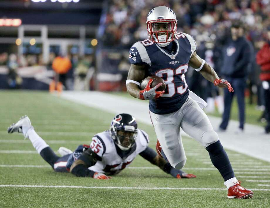 New England Patriots running back Dion Lewis. Photo: The Associated Press File Photo  / Copyright 2017 The Associated Press. All rights reserved.