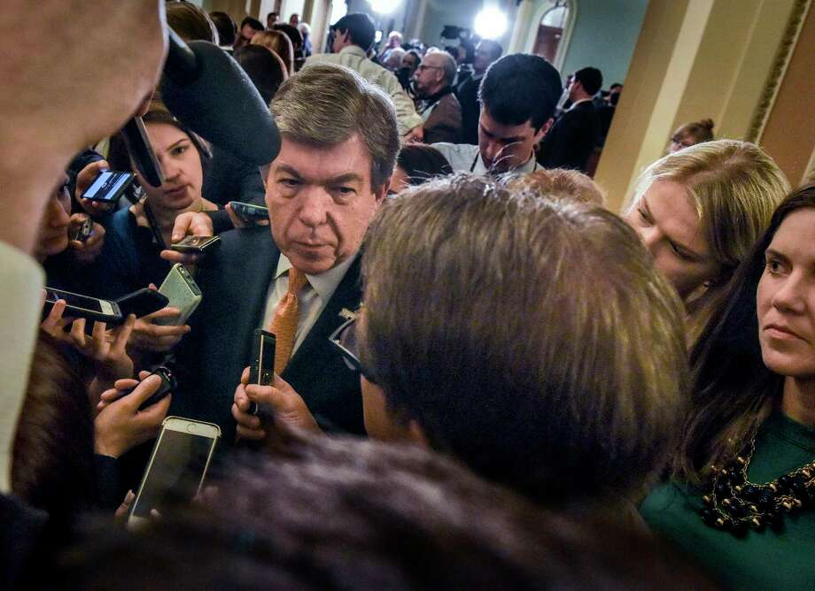 Sen. Roy Blunt, R-Mo., is swamped by reporters outside of the Senate chamber at the U.S. Capitol, on June 6. Photo: The Washington Post — Bill O'Leary  / The Washington Post