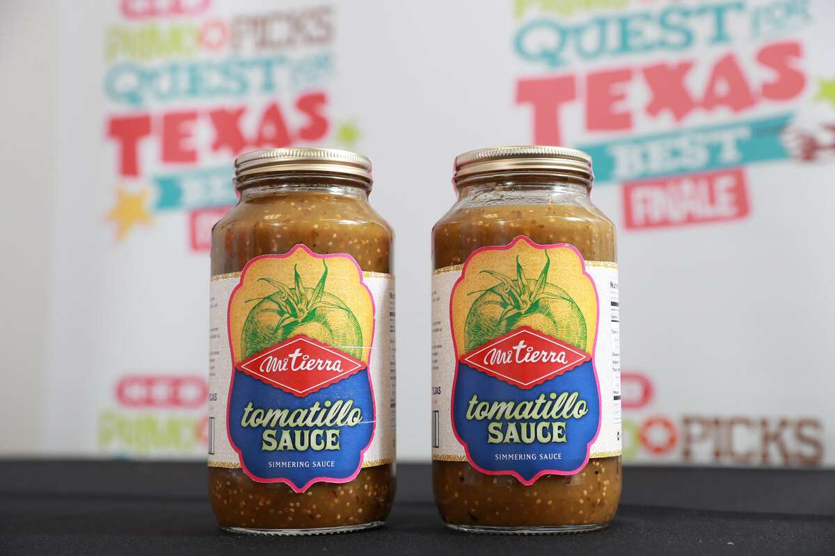 Cariño Cortez and Michael Cortez of La Familia Cortez Restaurants won third place honors and a $10,000 prize for their entry, Mi Tierra Salsa Verde Salsa, in the 2017 edition of H-E-B?'s Primo Picks Quest for Texas Best contest.