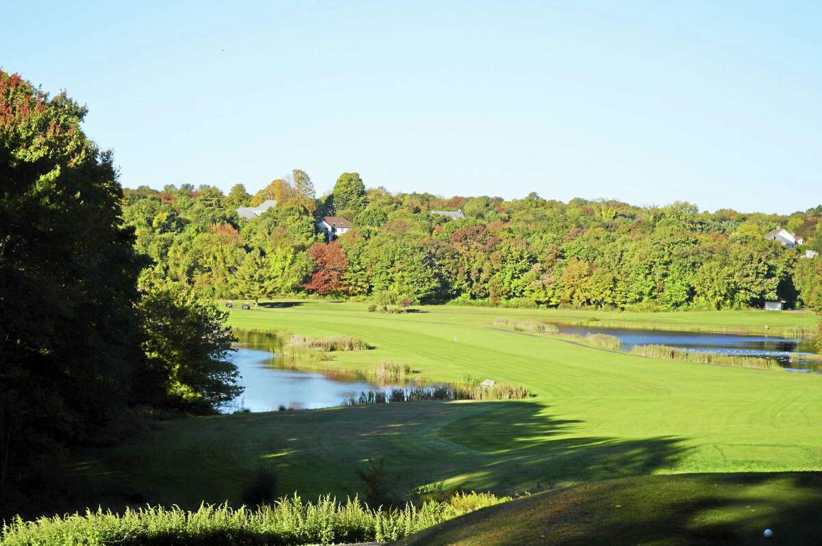 The par-5 14th hole at Tashua Knolls Golf Course in Trumbull.