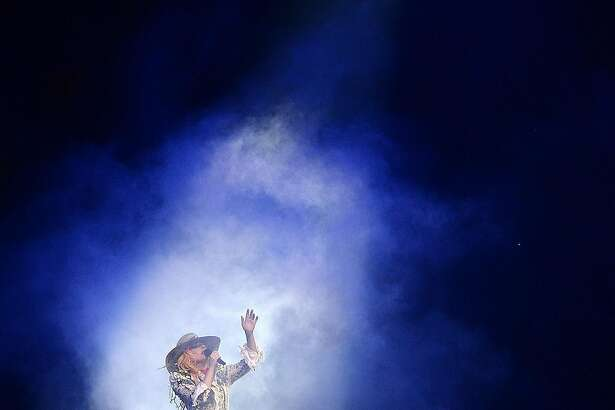 """VANCOUVER, BRITISH COLUMBIA - AUGUST 01:  (Exclusive Coverage) Lady Gaga performs during her """"Joanne"""" world tour at Rogers Arena on August 1, 2017 in Vancouver, Canada.  (Photo by Kevin Mazur/Getty Images for Live Nation)"""