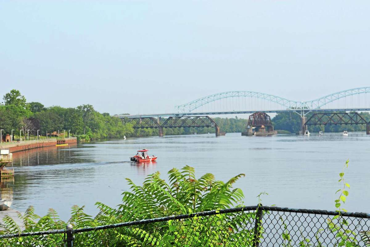 The Arrigoni Bridge and the Connecticut River in Middletown.