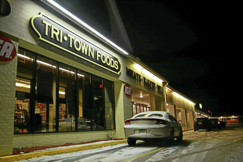 Tri-Town Foods on Route 66 in Portland was the scene of an armed robbery Tuesday evening, when a 21-year-old Portland man reportedly forced his way into the grocery store after closing time, pushed employees into the cash room and fled out the back with an undetermined amount of cash. Photo: Cassandra Day — The Middletown Press