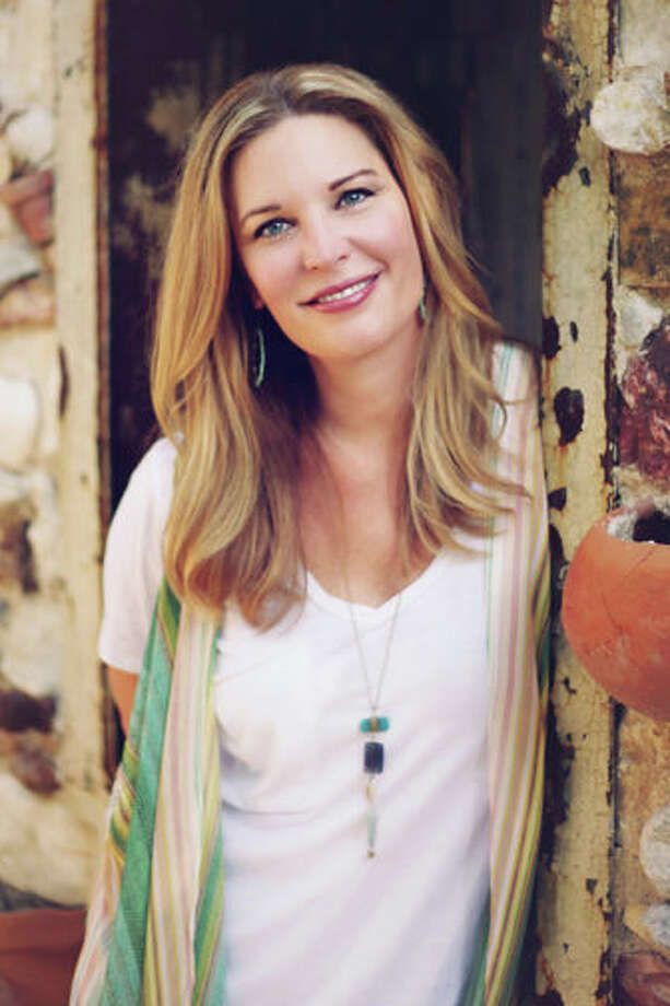 Author Jen Hatmaker.  Photo by Amy Melsa Photography Photo: Amymelsa