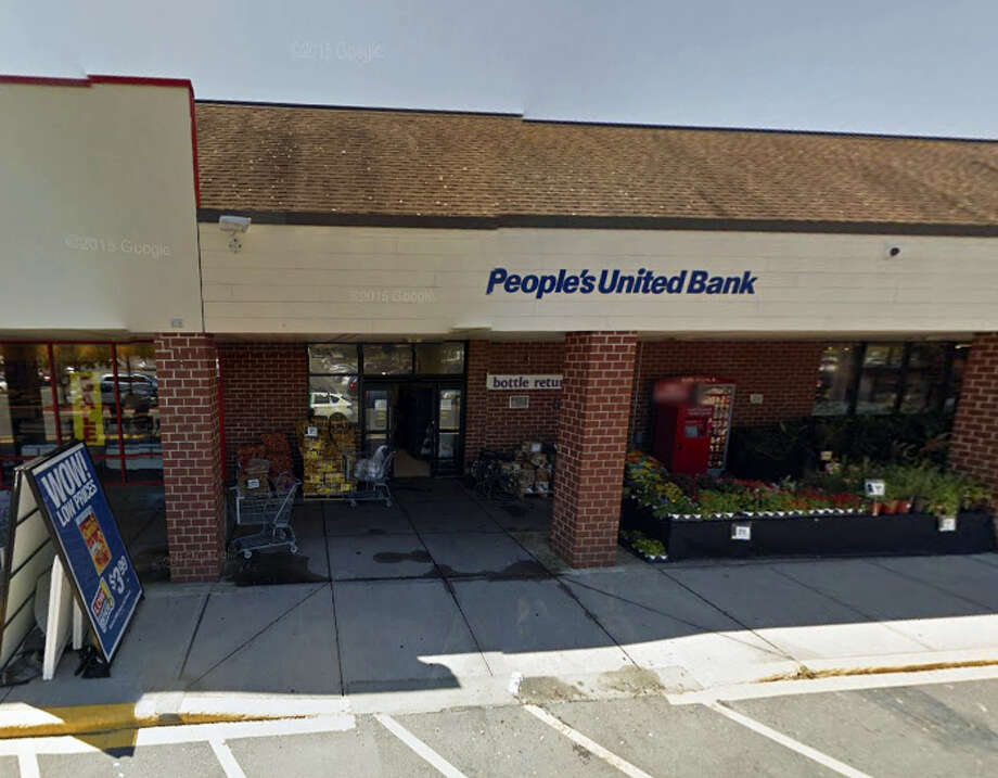 People's United Bank inside Stop & Shop in Cromwell Photo: Google Earth