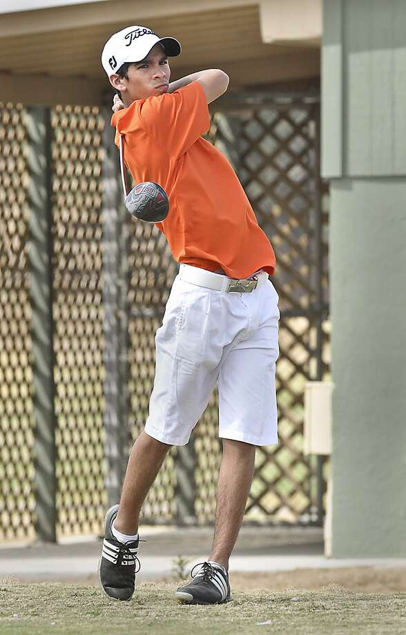 Archie Ramos played high school golf at United and continued by playing collegiate golf at Incarnate Word and St. mary's. Photo: Cuate Santos / Laredo Morning Times File / LAREDO MORNING TIMES