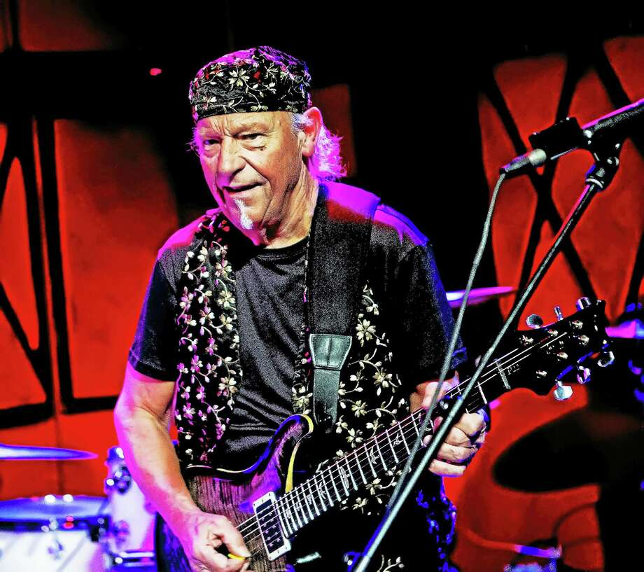 Martin Barre in concert. Photo: Contributed