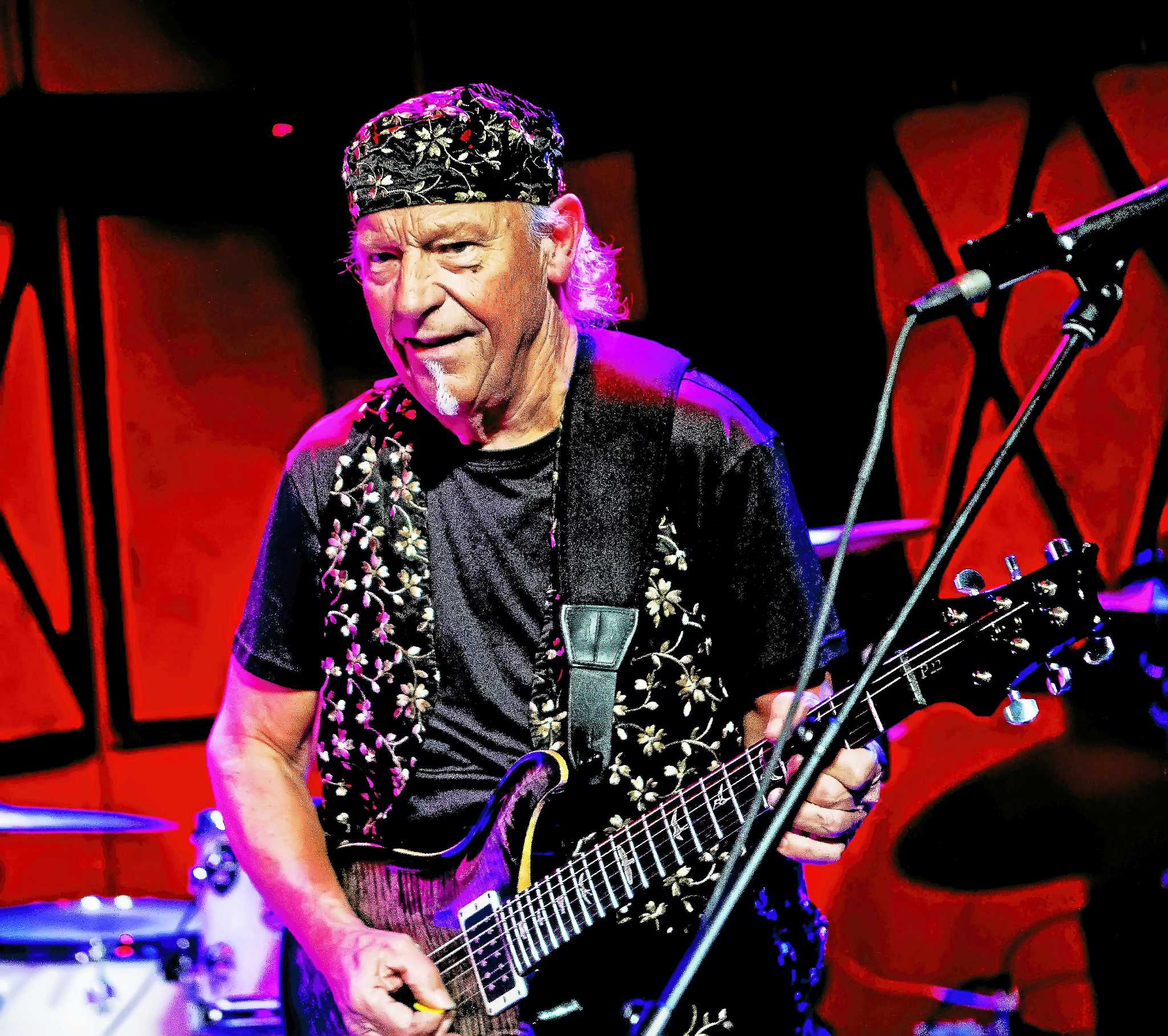 jethro tull guitarist martin barre bringing his band to the kate the middletown press. Black Bedroom Furniture Sets. Home Design Ideas