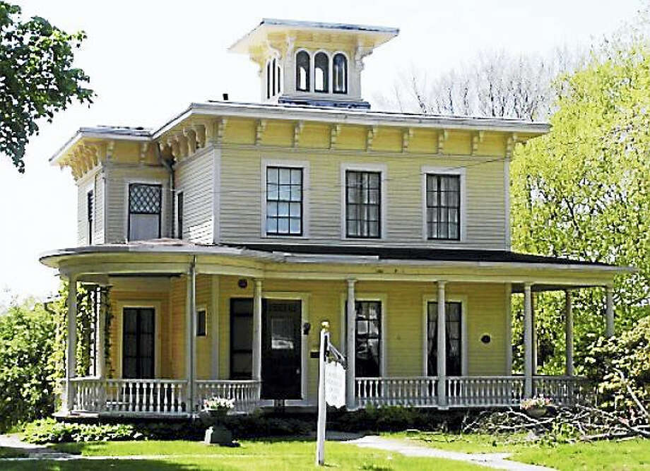 The Stevens-Frisbie House, home to the Cromwell Historical Society Photo: Photo Via Historicbuildingsct.com