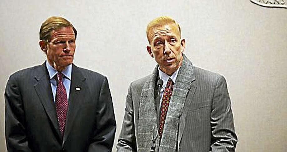 U.S. Sen. Richard Blumenthal, left, stands next to Craig DiAngelo, a former IT worker for Eversource. Photo: Christine Stuart — CT News Junkie