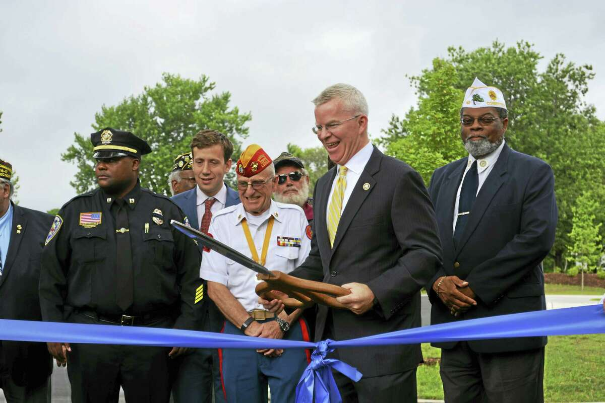 Cassandra Day - The Middletown Press Federal and state officials officially opened a 3,000-niche columbarium at the 24-acre State Veterans Cemetery in Middletown on Thursday. The improvement project was funded by a $3.4 million grant from the Veterans Affairs National Cemetery Administration and was completed ahead of schedule, officials said.