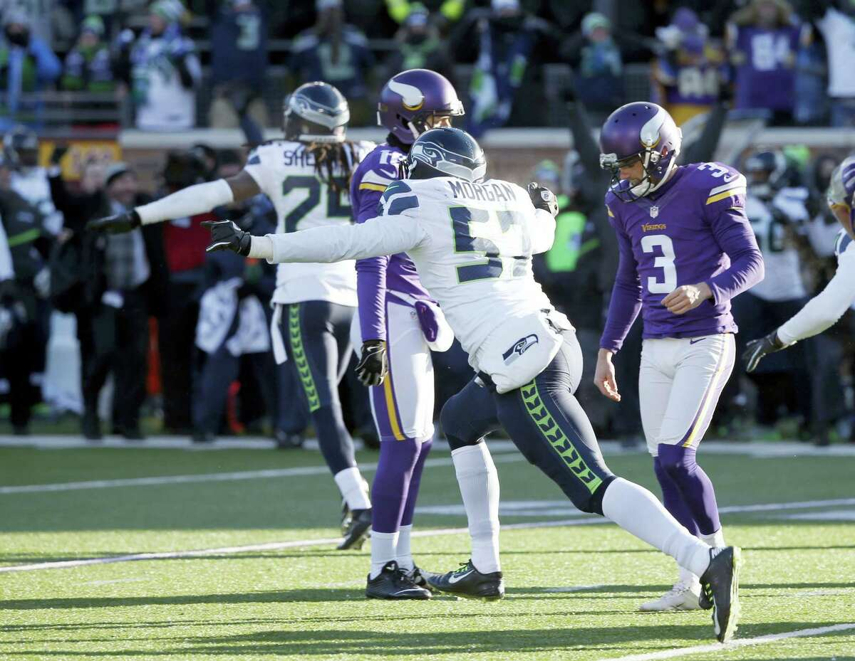Vikings kicker Blair Walsh (3) reacts after missing a field goal against the Seahawks on Sunday.