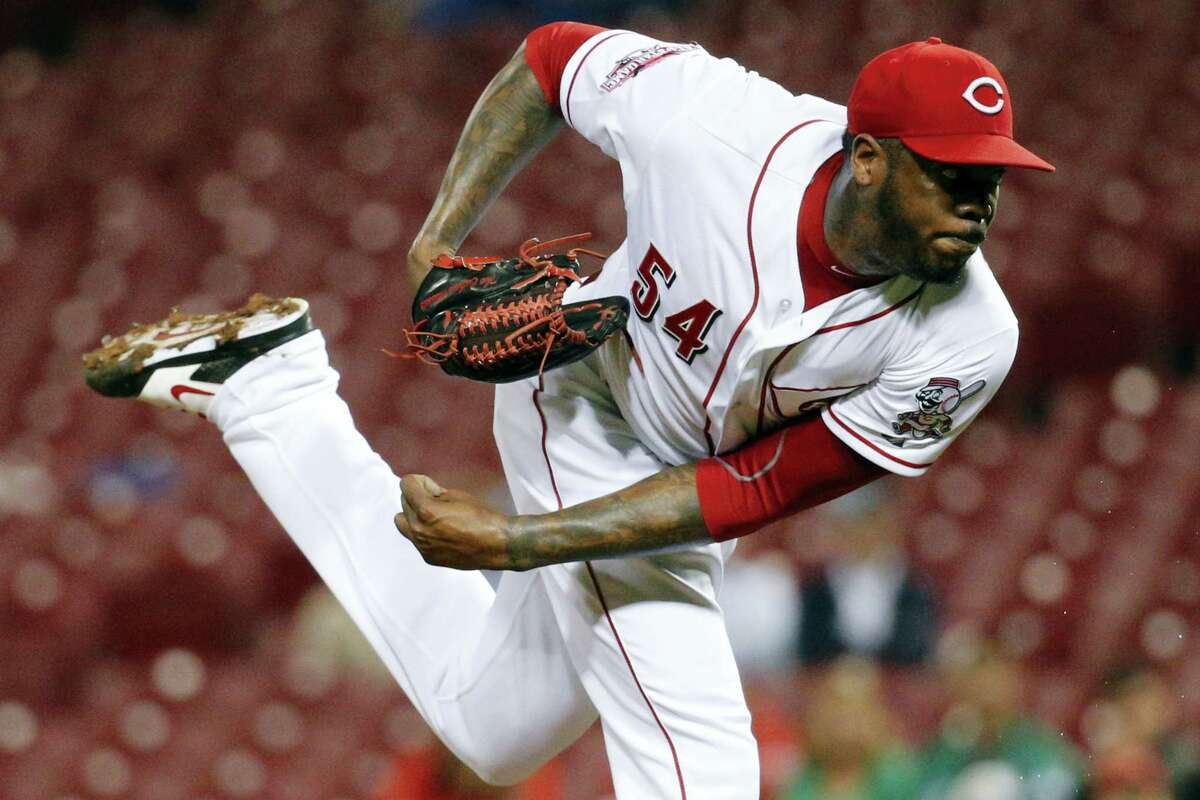 Yankees manager Joe Girardi says newly-acquired left-hander Aroldis Chapman will enter spring training as the team's closer.