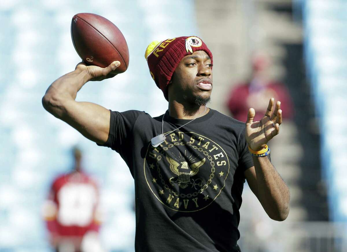 Free agent quarterback Robert Griffin III visited with the New York Jets on Friday.