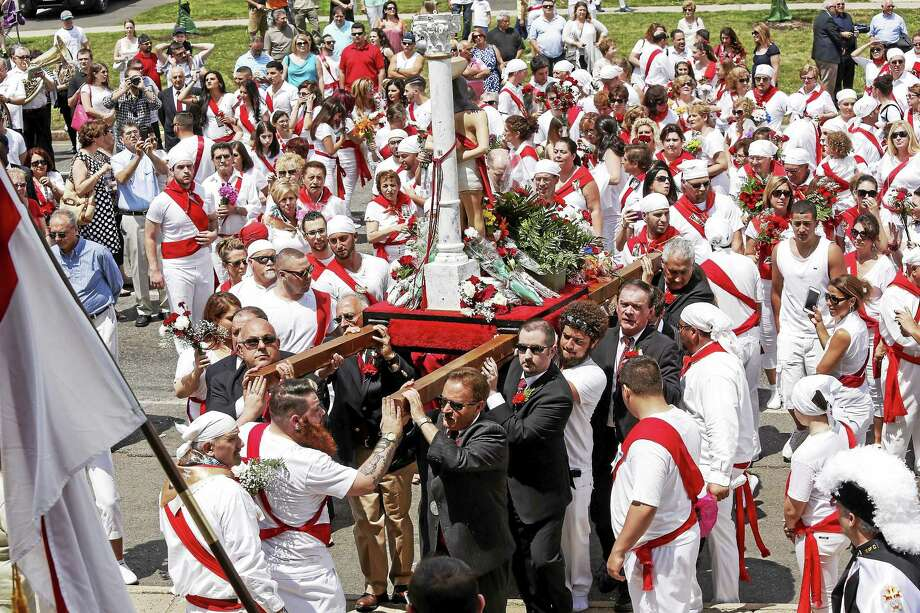 Hundreds upon hundreds attended the St. Sebastian Feast Festival in Middletown on Washington Street last year. Photo: File Photo  / Perceptions Photographyy