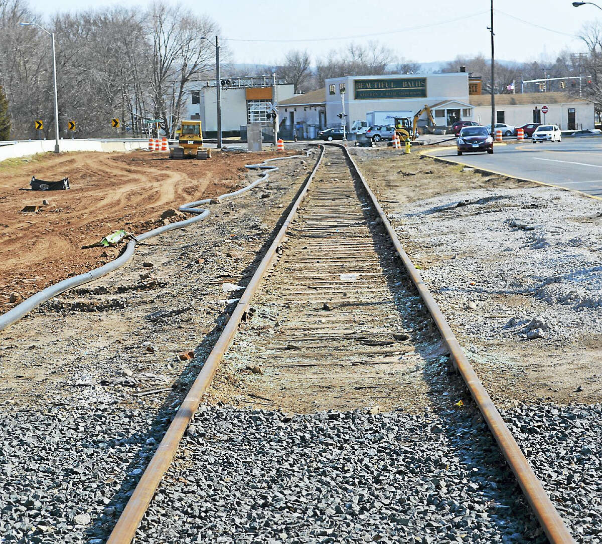 Middletown's Mattabassett Regionalization Building Committee members said the Providence and Worcester Railroad charged the city for lagging operations on days when work was not performed.