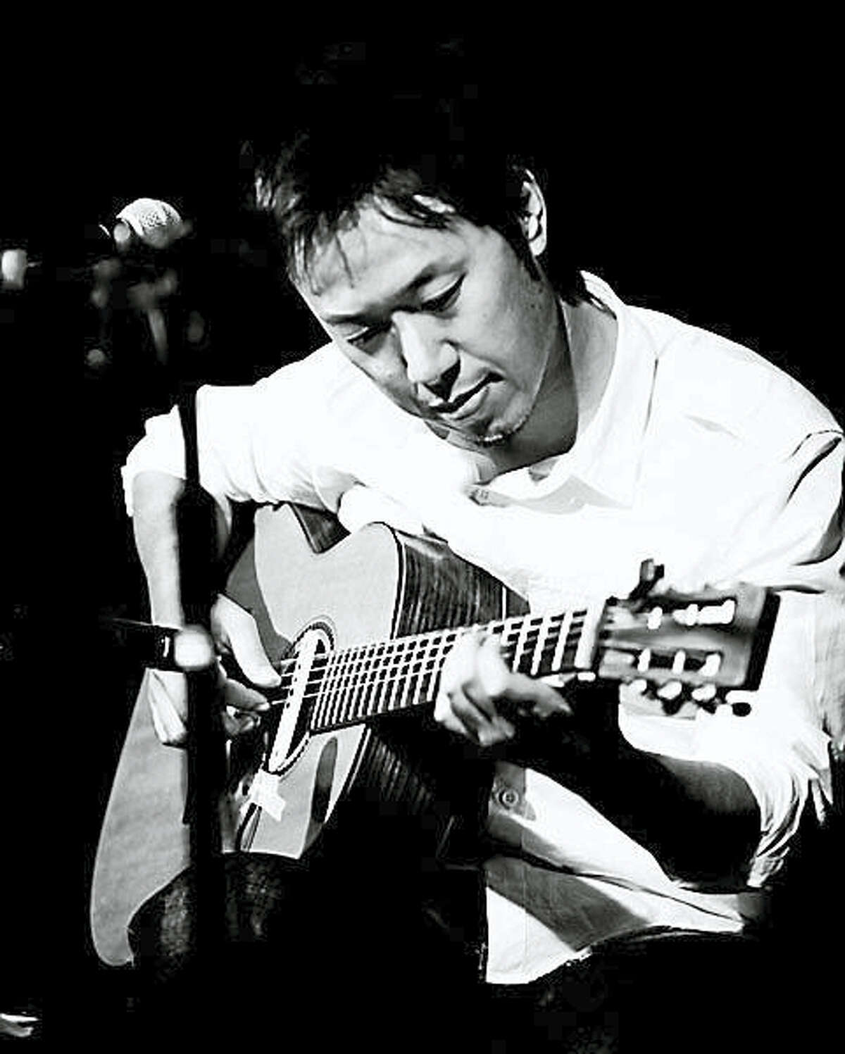 Contributed photoGuitarist Hiroya Tsukamoto performs Nov. 20 at the Leif Nilsson Spring Street Studio & Gallery for its Concert in the Garden series.