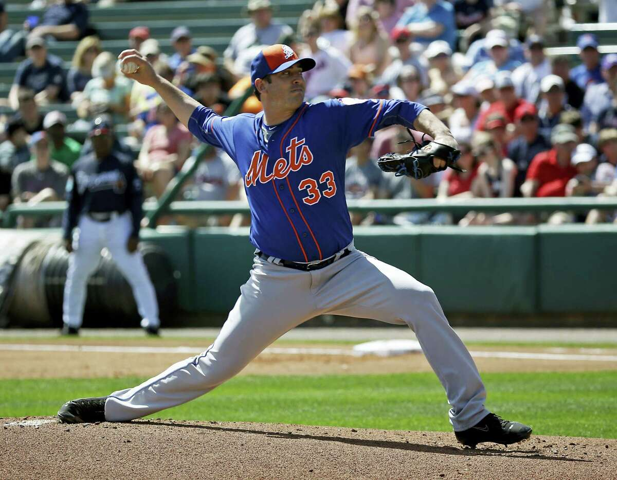 The Mets' Matt Harvey pitches against the Braves on Tuesday.