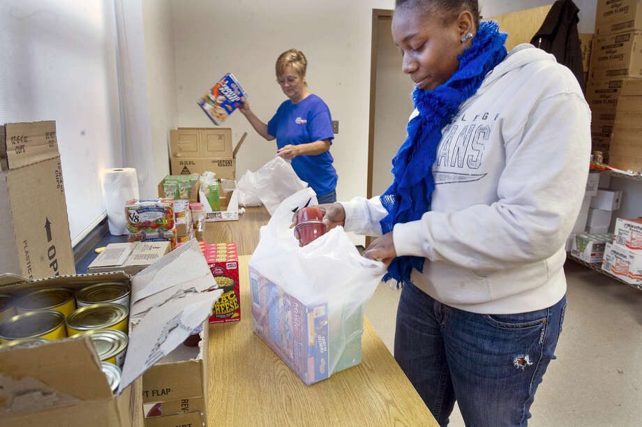 There are many places in the community to help out. One way for teens to determine where to begin is to make a list of things that interest them — and try to match those ideas with opportunities available through the Middlesex United Way. Photo: File Photo  / YORK DAILY RECORD/SUNDAY NEWS