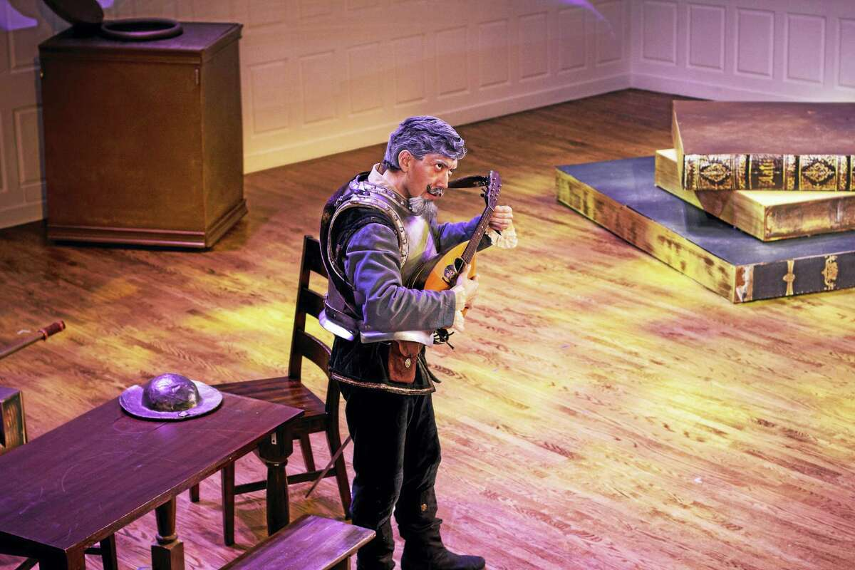 Andy Berry plays Don Quichotte.