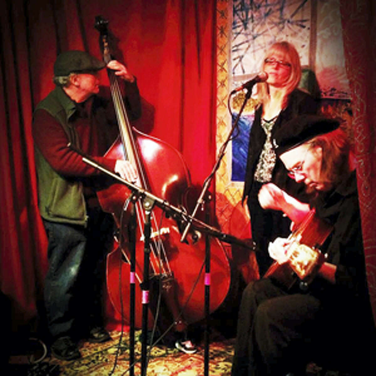 Contributed photoThe Ebin-Rose Trio joins Frank Critelli at the Buttonwood Tree on Friday, July 8.