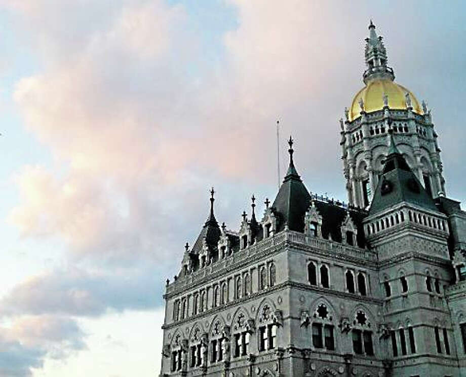 The state Capitol building in Hartford. Photo: CHRISTINE STUART — CT NEWS JUNKIE FILE PHOTO