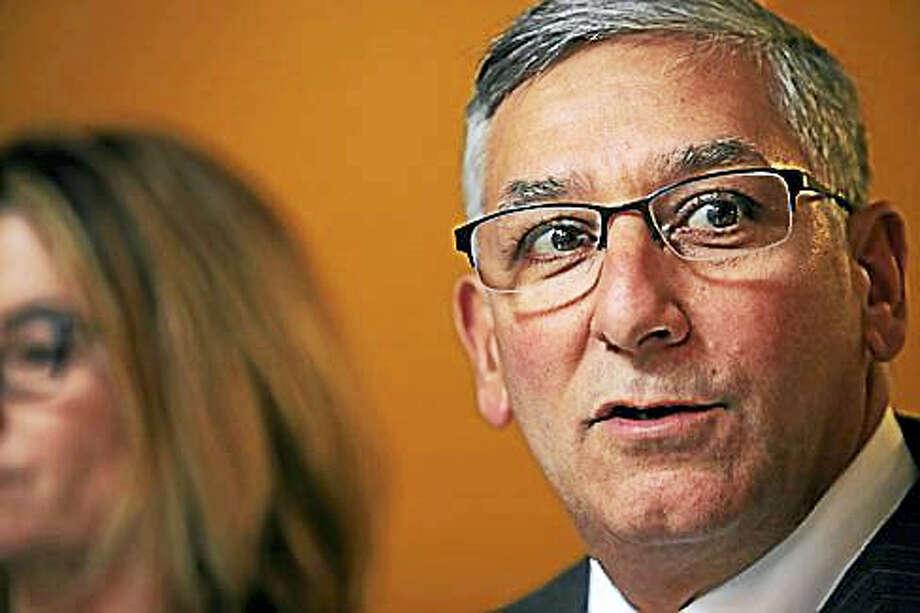 Senate Minority Leader Len Fasano, R-North Haven, criticizes Democratic majority for new deficit figures. Photo: Christine Stuart — CT News Junkie