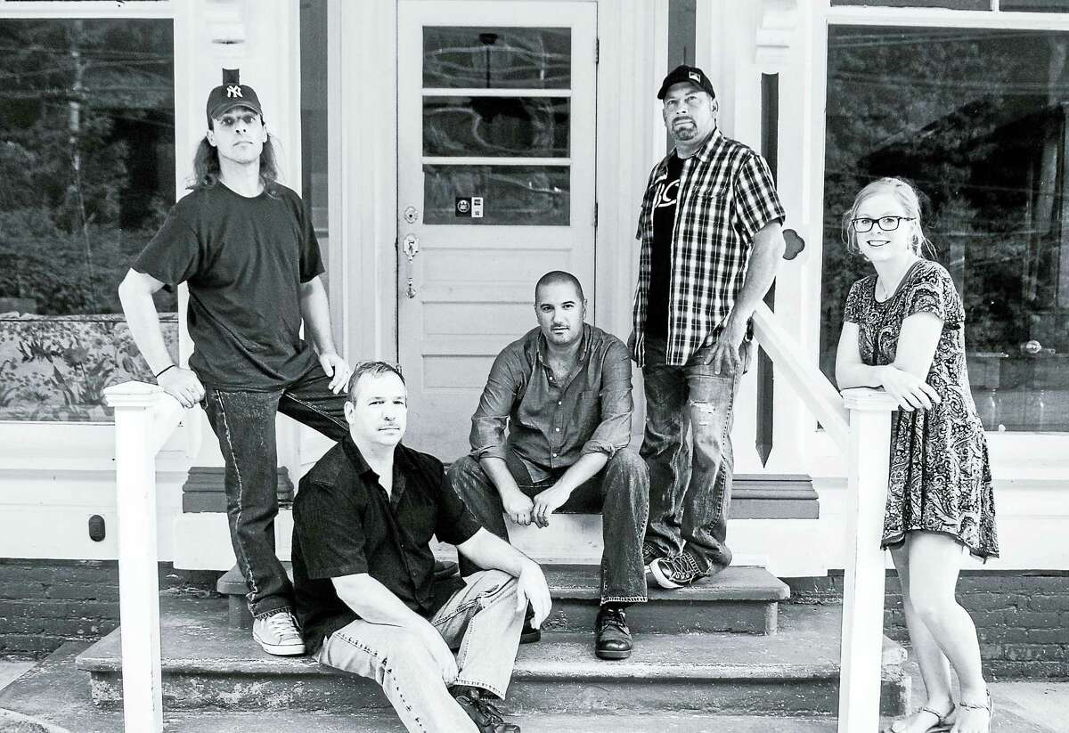Contributed photoThe Middletown-based Leaf Jumpers will give a CD release party at Pacific Standard Tavern in New Haven on March 25.