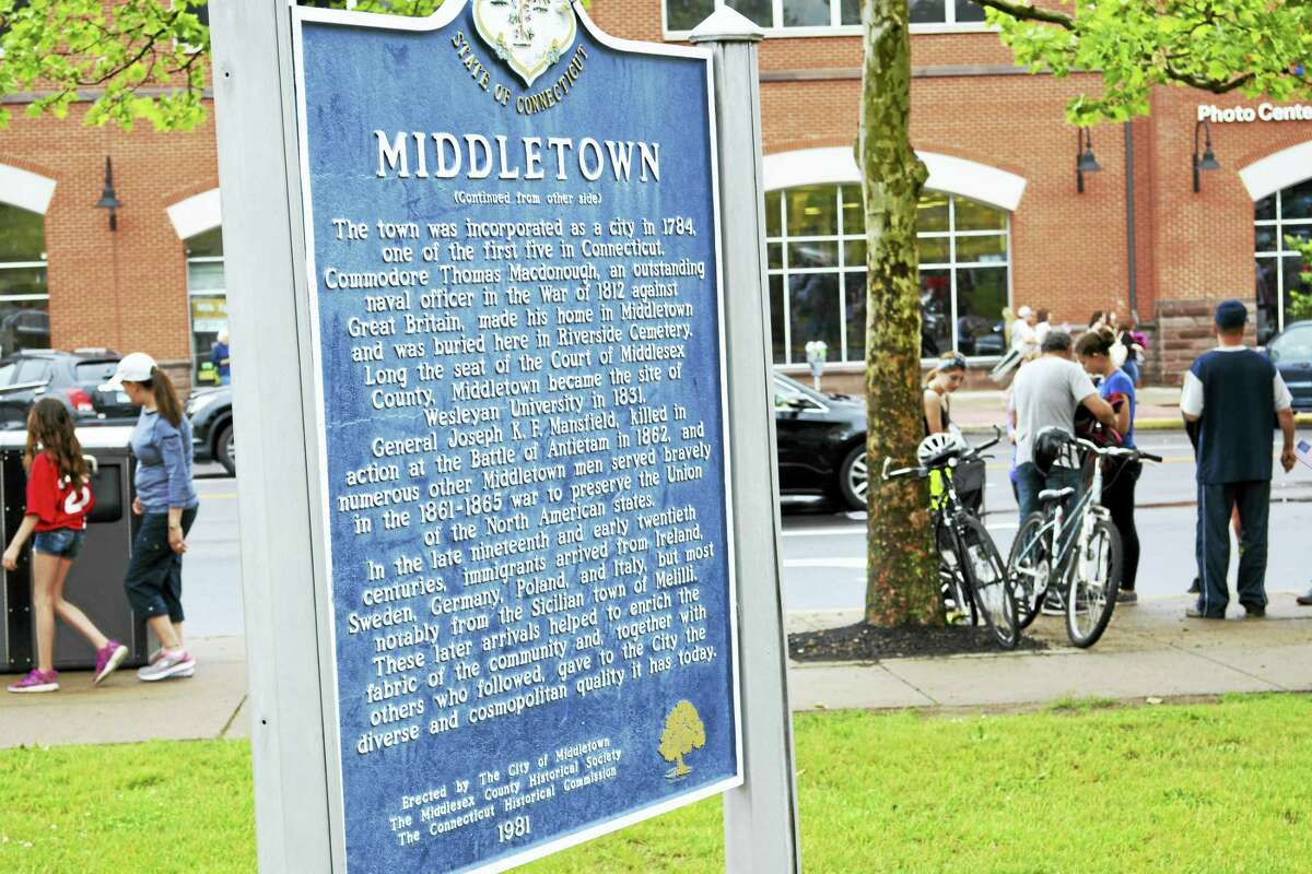 Middletown City Hall deKoven Drive sign logo