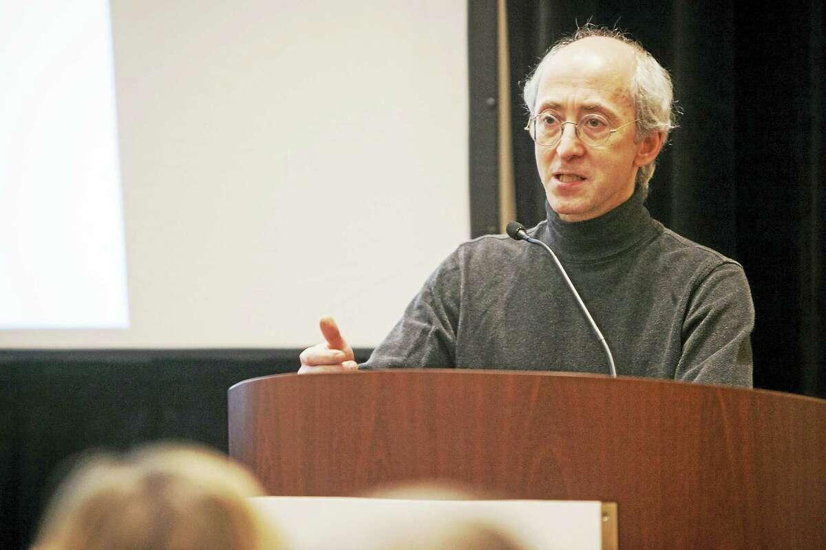 Dr. Stuart Gitlow addresses journalists on April 12 in Baltimore.