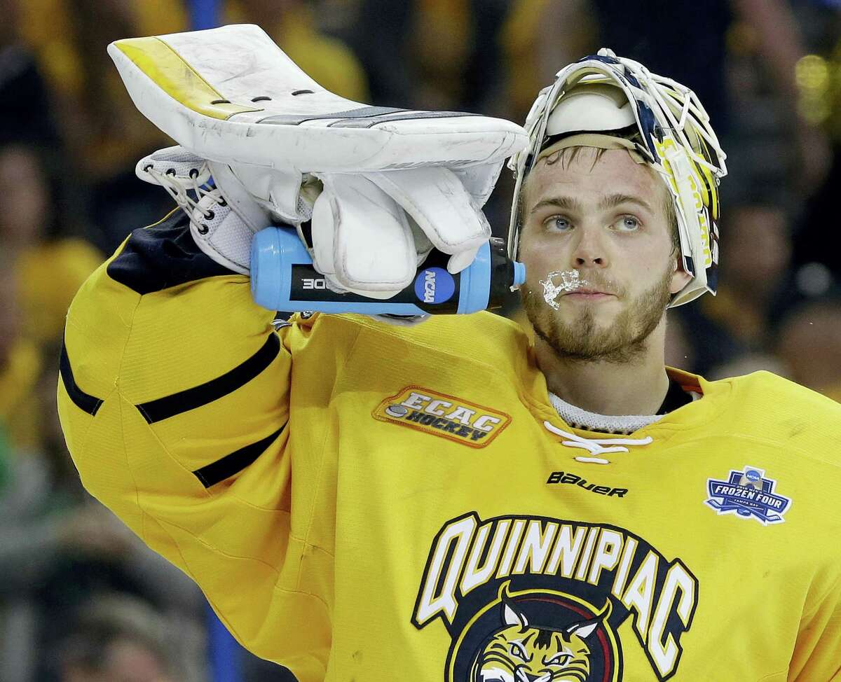 Quinnipiac goalie Michael Garteig signed an entry-level contract with the Vancouver Canucks on Friday.