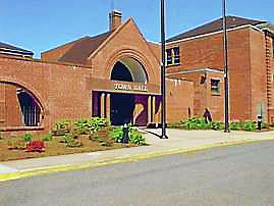 Submitted photo Cromwell Town Hall Photo: Journal Register Co.