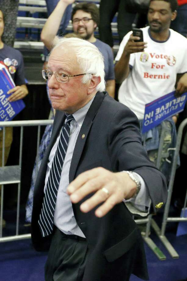 Democratic presidential candidate Sen. Bernie Sanders, I-Vt., waves as he leves a campaign rally at Fitzgerald Fieldhouse on the University of Pittsburgh campus, Monday, April 25, 2016, in Pittsburgh. Photo: AP Photo/Keith Srakocic   / AP