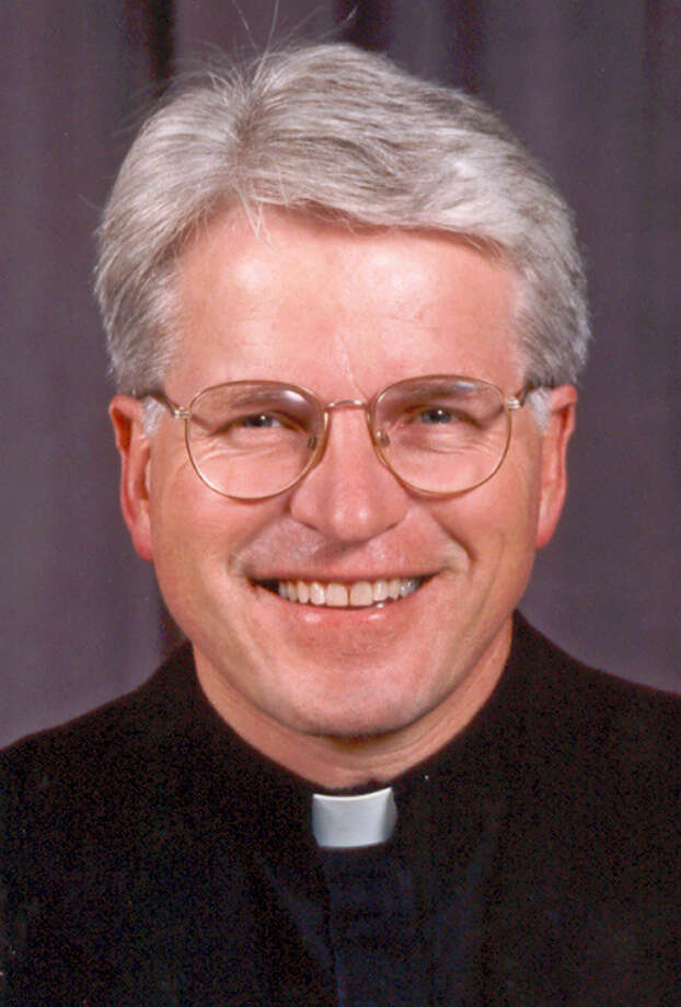"This undated photo provided by the Diocese of Rockville Centre shows Monsignor Thomas J. Hartman, a Roman Catholic priest who gained fame as half of an interfaith ""God Squad"" duo on television, died Tuesday, Feb. 16, 2016, in a Uniondale, N.Y. nursing home. He was 69 years old. Photo: Diocese Of Rockville Centre Via AP   / Diocese of Rockville Centre"