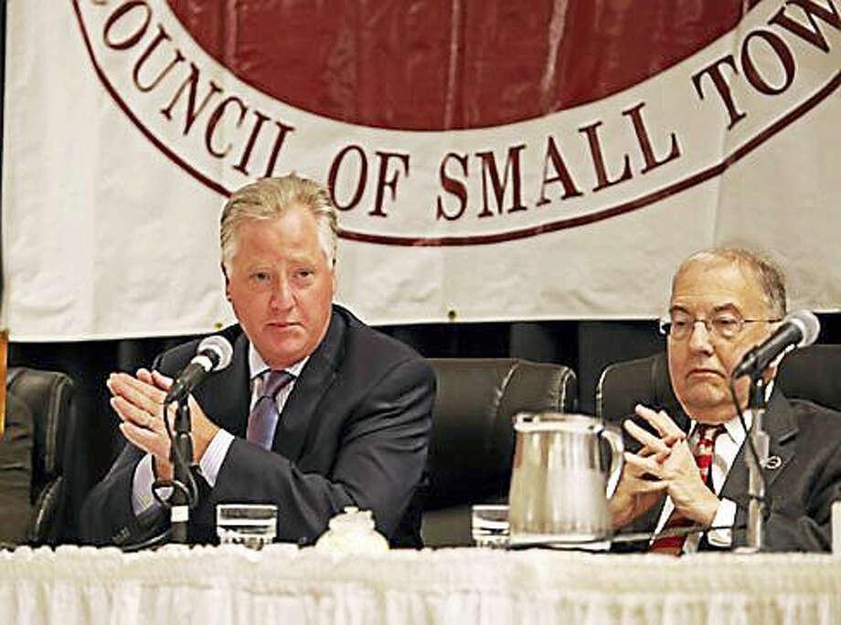 House Speaker Brendan Sharkey and Senate President Martin Looney at the COST panel Photo: Christine Stuart Photo