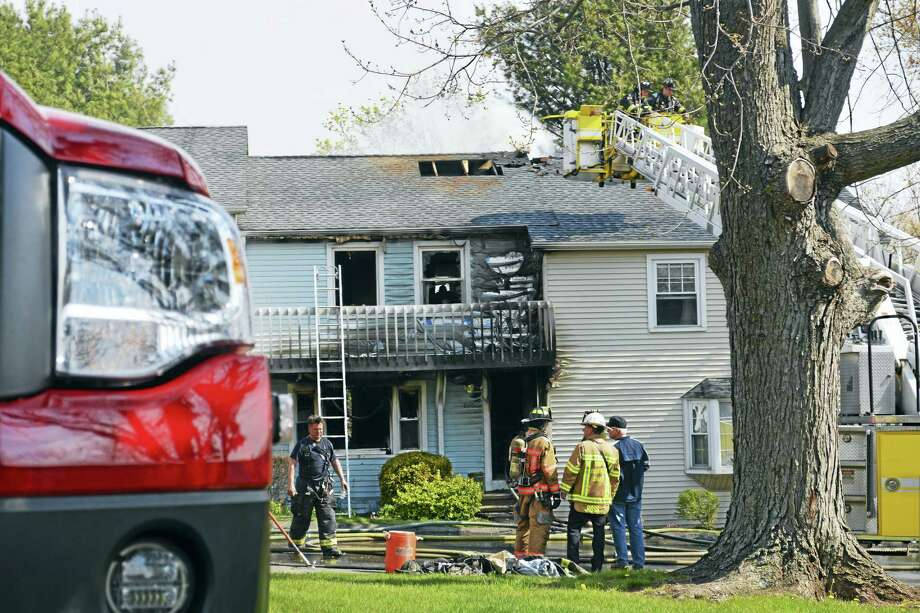 A fire damaged a condo owned by Mayor Dan Drew Friday morning at 826 Long Hill Road in Middletown. Photo: Cassandra Day — Middletown Press