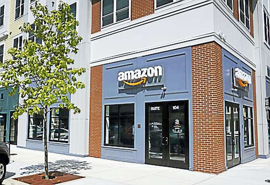 The new Amazon@Storrs package pick-up location in Storrs Center Photo: Kristi Allen — CTNewsJunkie