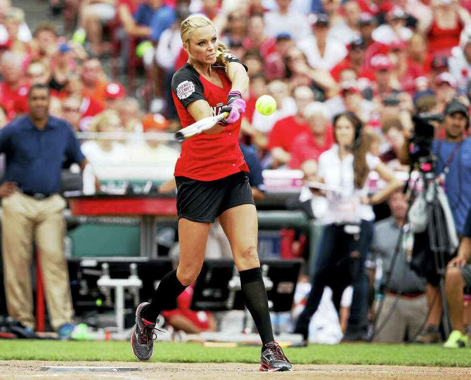Jennie Finch will be a guest manager for the Bridgeport Bluefish on May 29. Photo: John Minchillo — The Associated Press  / AP