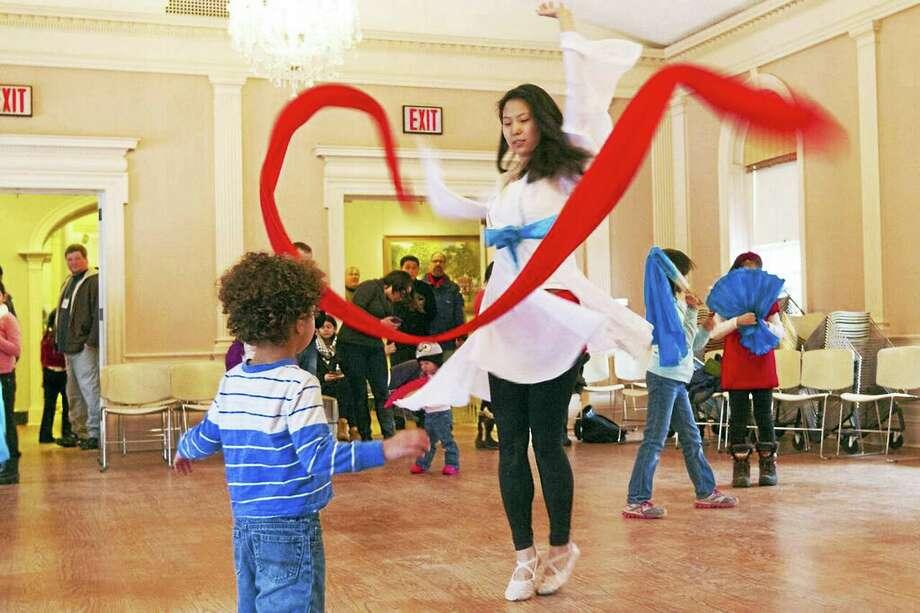 The great ribbon dance at last year's Lunarfest. Photo: Michelle Averitt, Yale-China Association
