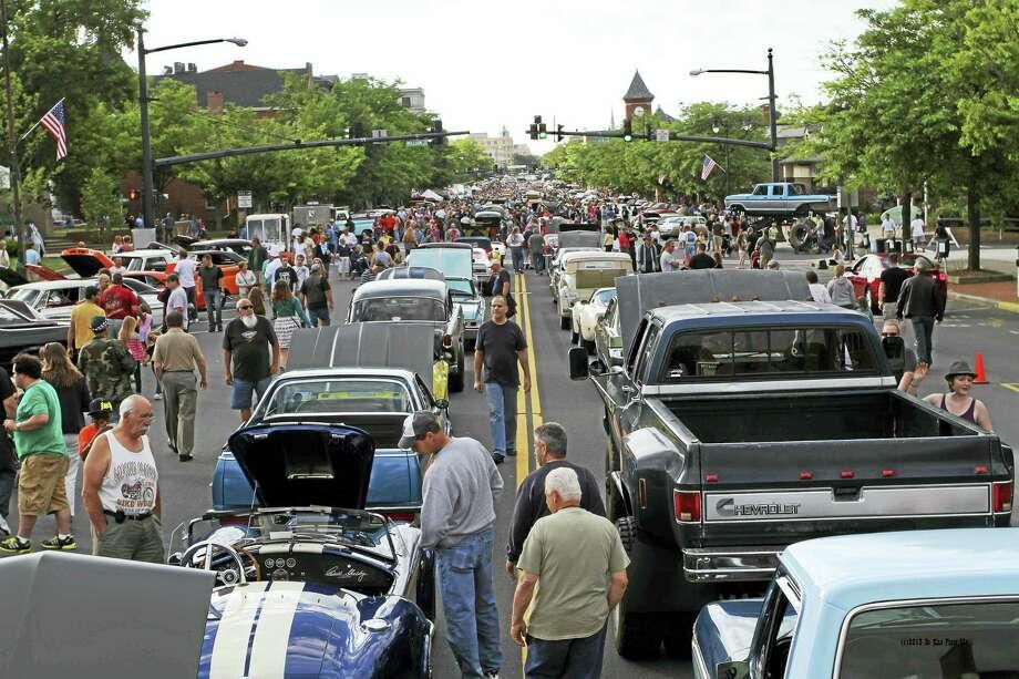 Middletown's 19th Annual Cruise Night On Main will be held on Wednesday evening. Photo: Bill DeKine Photo  / (c)dekinephotoLLC2012