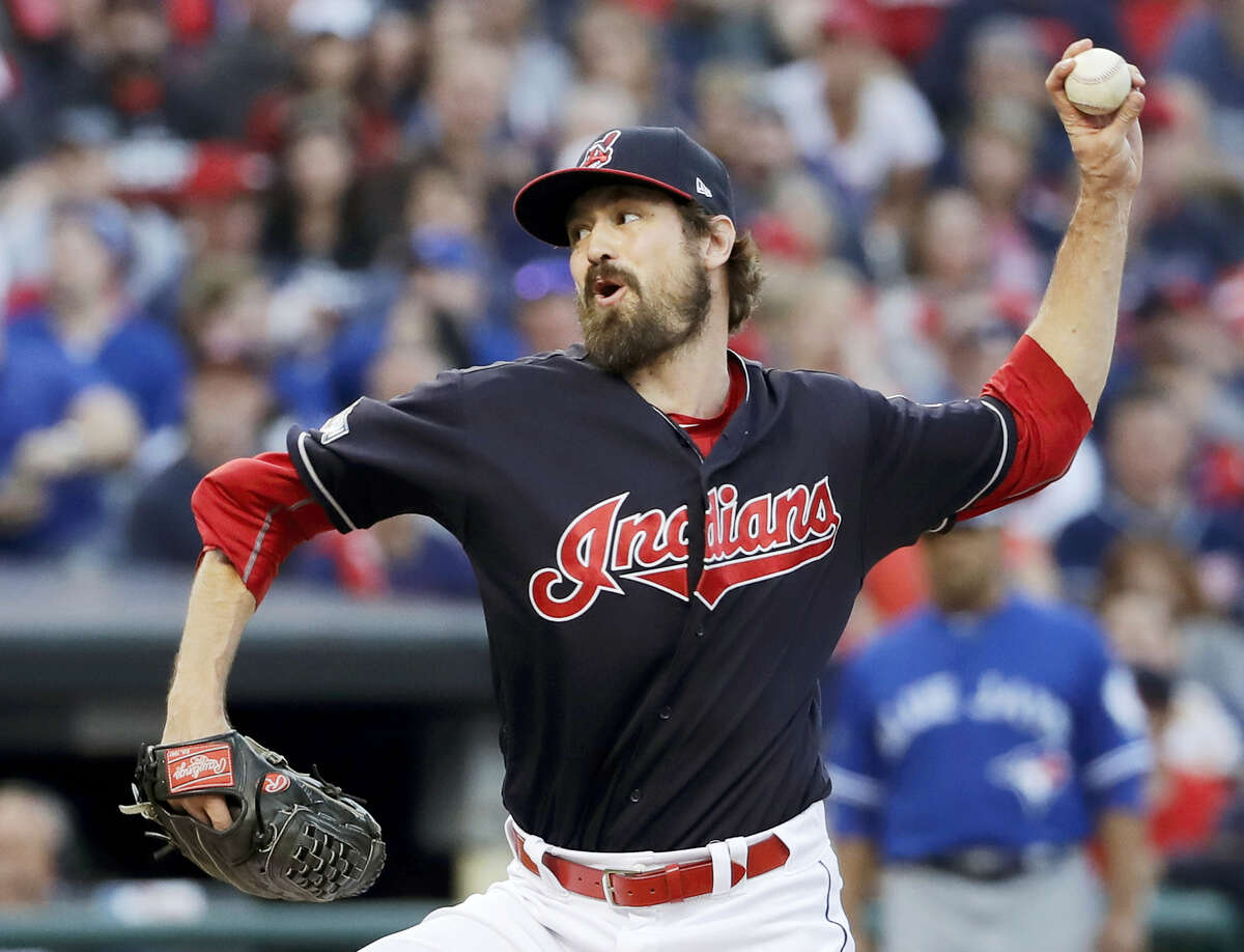 Indians relief pitcher Andrew Miller throws against the Blue Jays on Saturday.