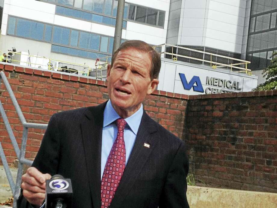 U.S. Sen. Richard Blumenthal calls for Wi-Fi in every patient's room at the VA Medical center in West Haven. Photo: Mark Zaretsky — New Haven Register