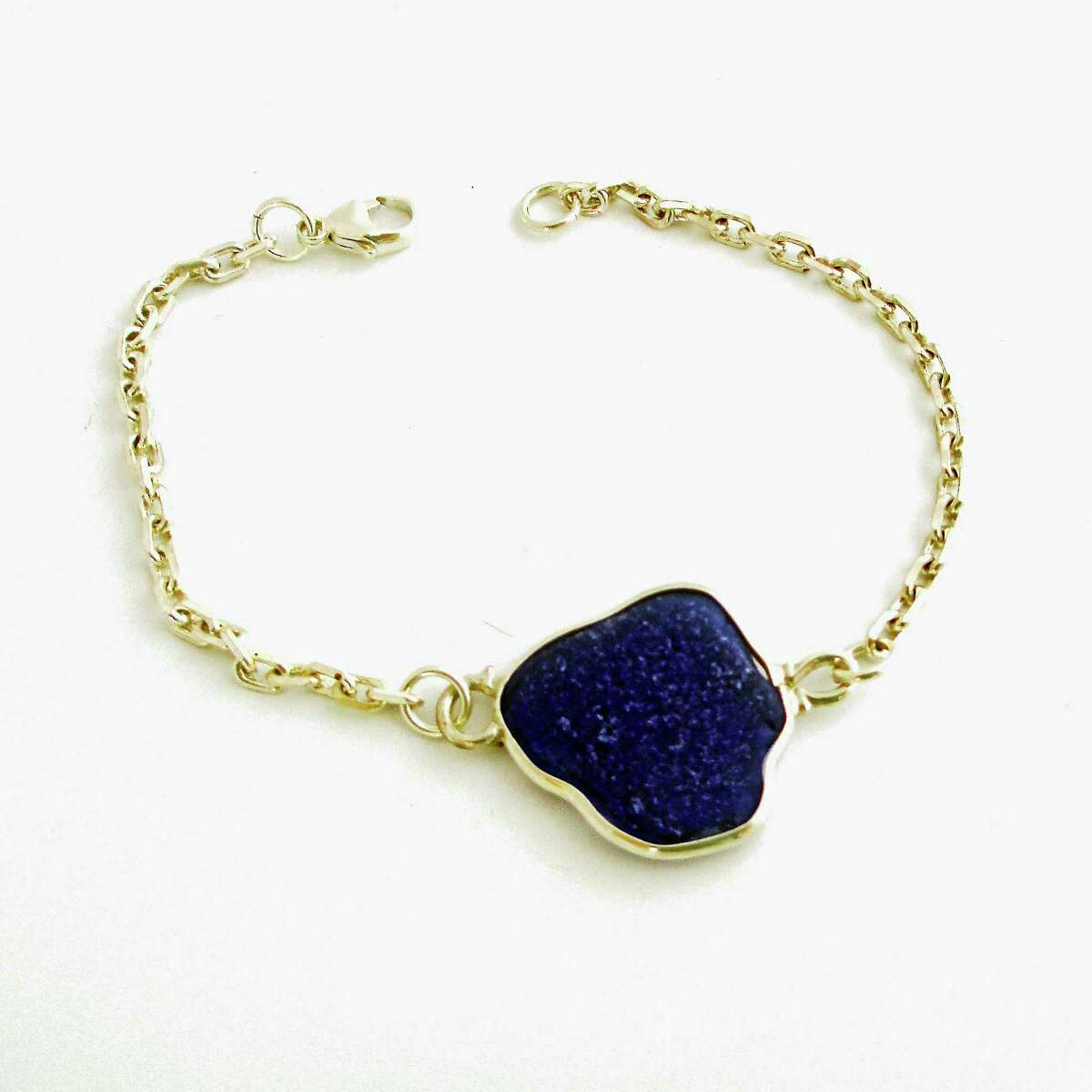 Contributed photoBruce and Gail Barton's cobalt blue sea glass bracelet.