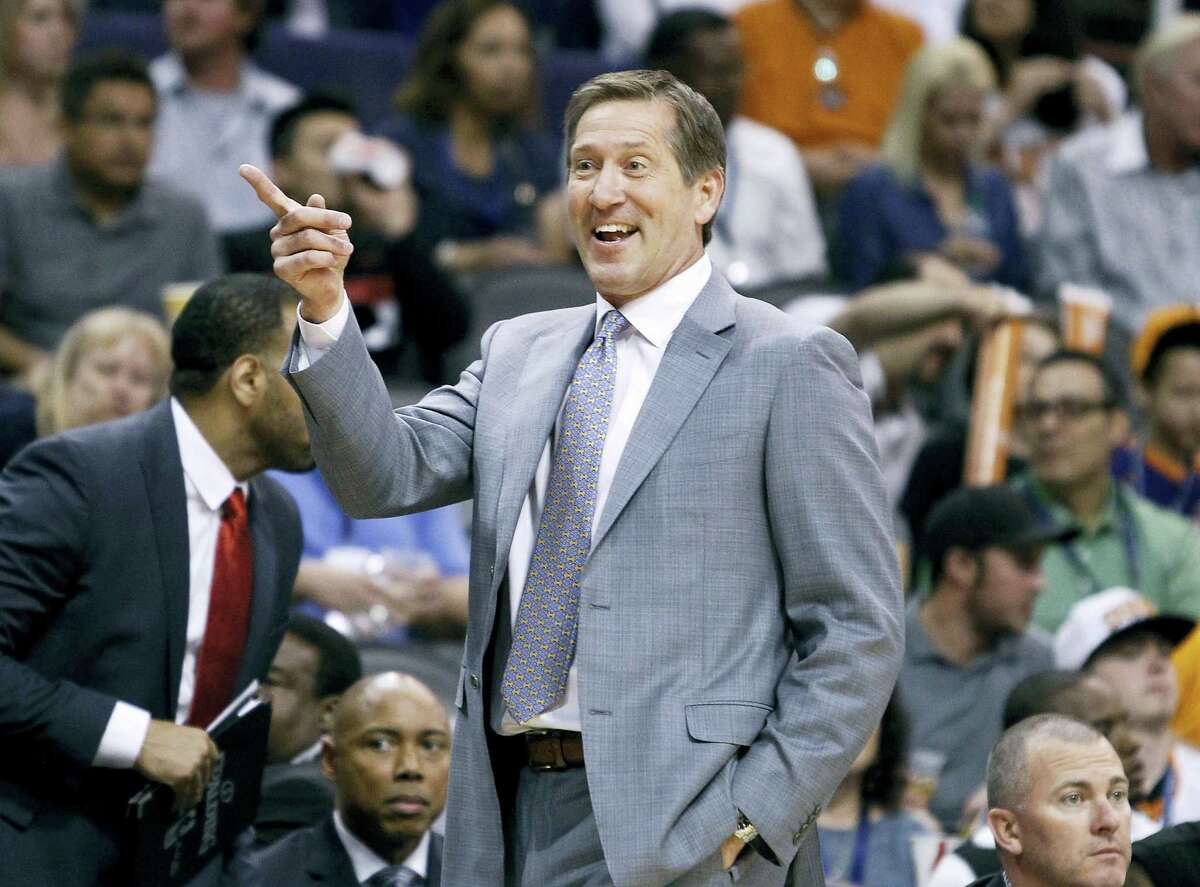 The New York Knicks have hired Jeff Hornacek, who emerged last month as Phil Jackson's surprising coaching choice.