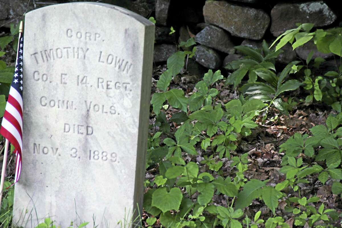 A ceremony to commemorate the original settlers of Middlefield will be held June 6 at the Old North Burying Ground on Jackson Hill Road, followed by a presentation on the Underground Railroad by descendants of the town's founders on June 7 at Middlefield Federated Church.