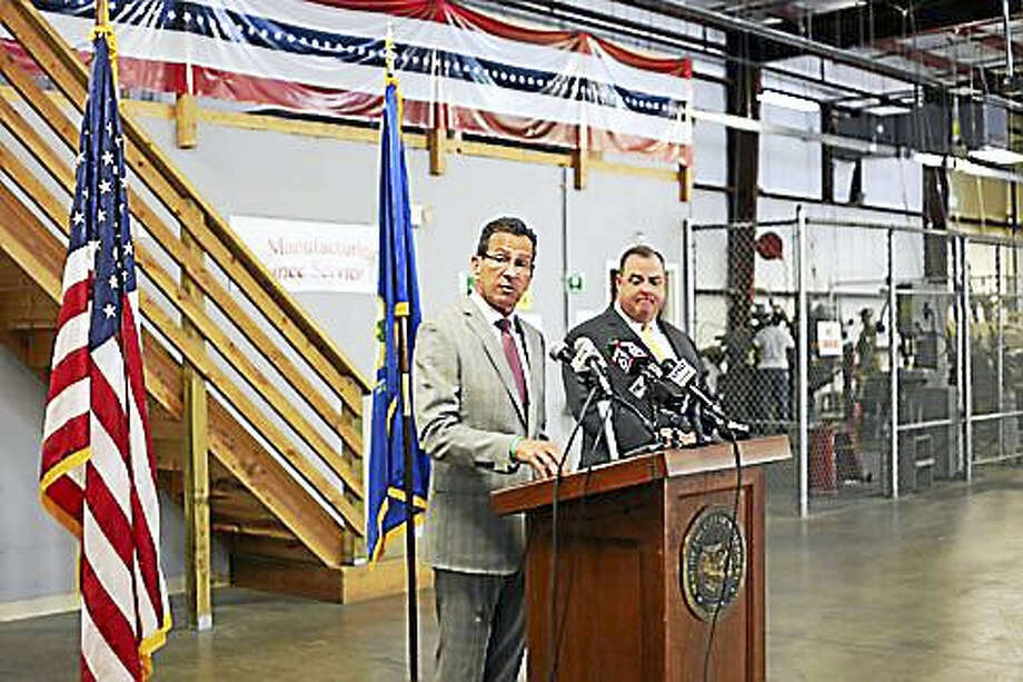Gov. Dannel P. Malloy and Waterbury Mayor Neil O'Leary at Waterbury manufacturing training center for former offenders. Photo: Christine Stuart — CTNewsJunkie