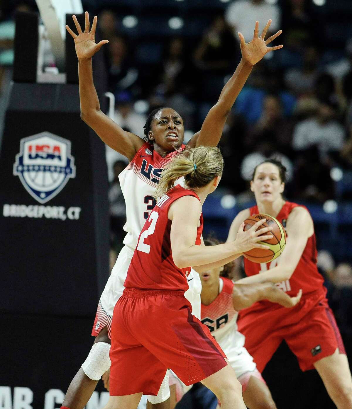 Nneka Ogwumike and the United States crushed Angola 119-44 on Tuesday at the FIBA World Championships for Women.