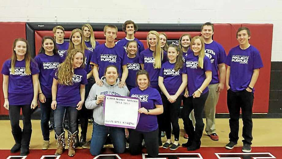 Students, educators and coaches from across the country, including those at Middletown High School, have participated in a national anti-substance abuse initiative, Project Purple, which empowers youth to stand up to substance abuse. Photo: Courtesy Project Purple